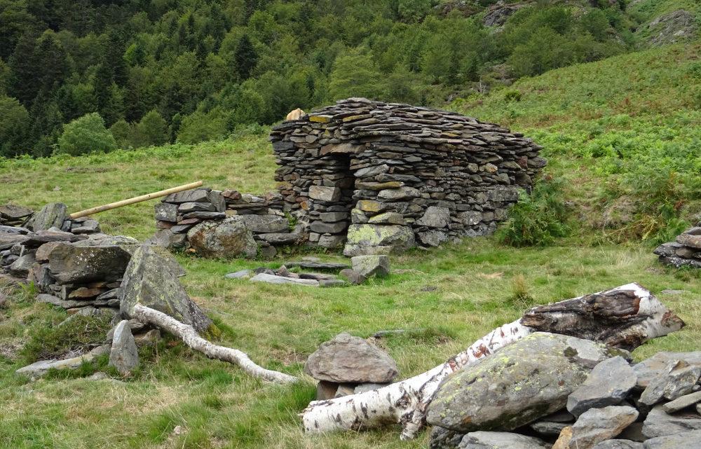 Les Cabanes de la Lit